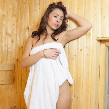 freya-bathrobe-2