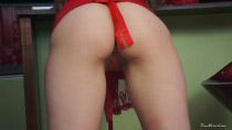 chloe-red-ribboncap-1