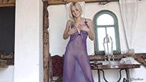 lili-purplepeekcap-3